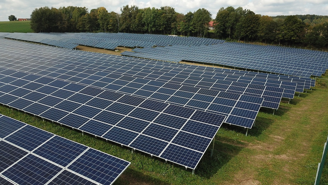 photovoltaic 4522955 1920 - Solarparks