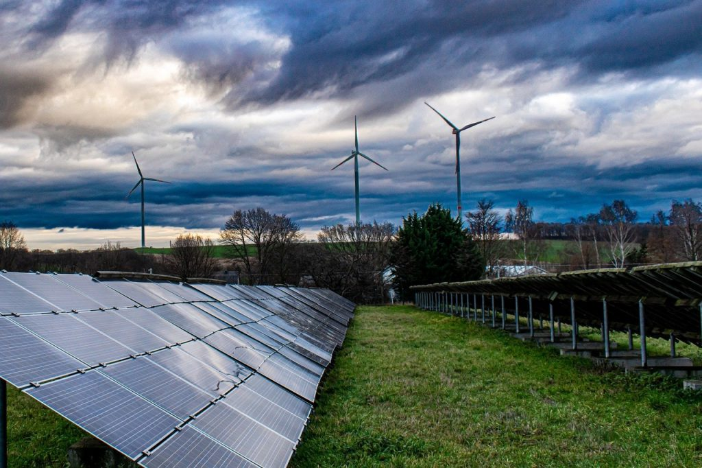 solar panel 4716640 1920 1024x682 - Solarparks